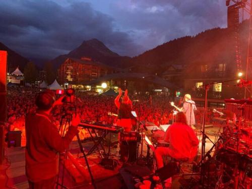 Morzine HD 2019Supertramp's  opening